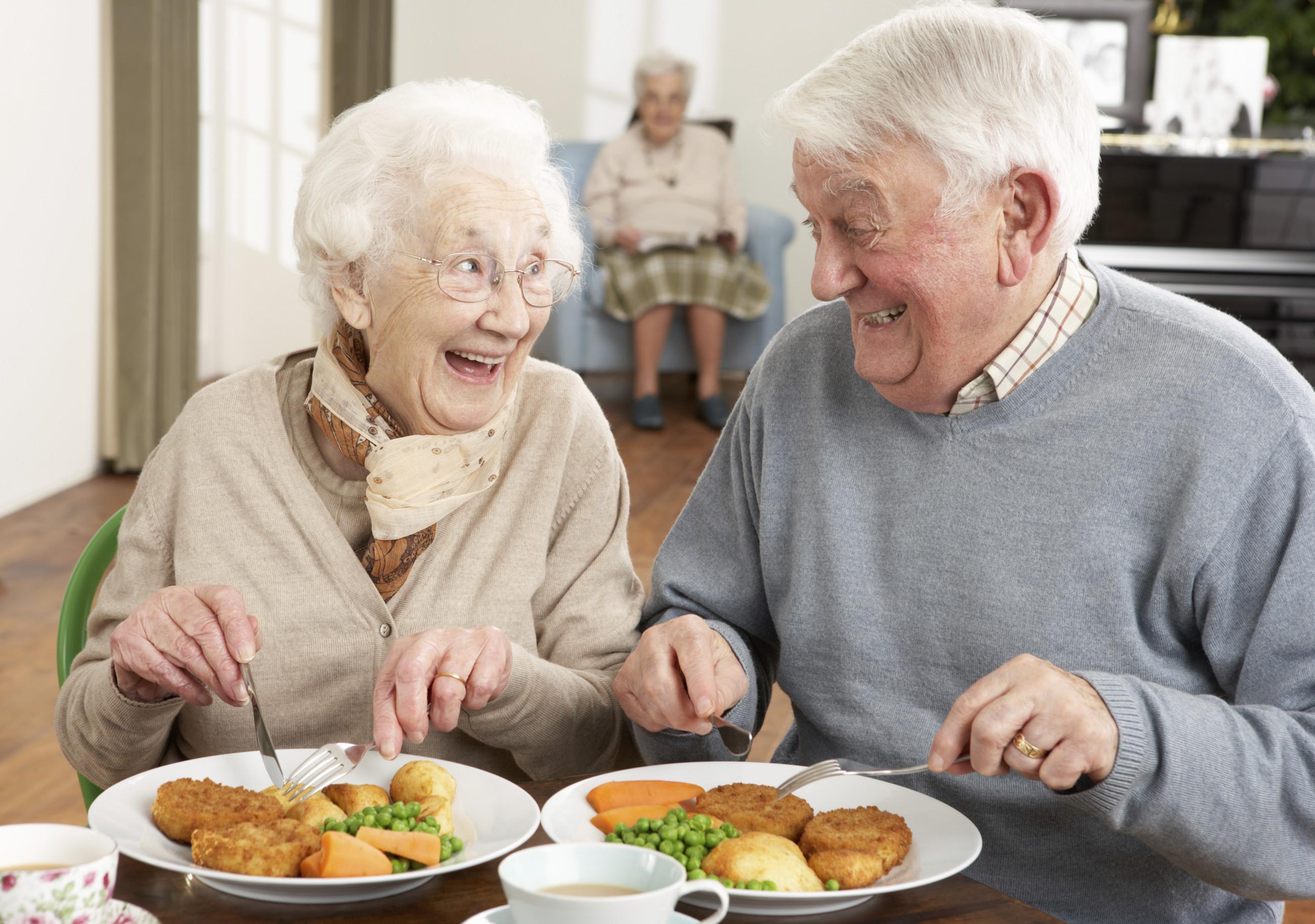 питание для пожилых людей картинки считает, что